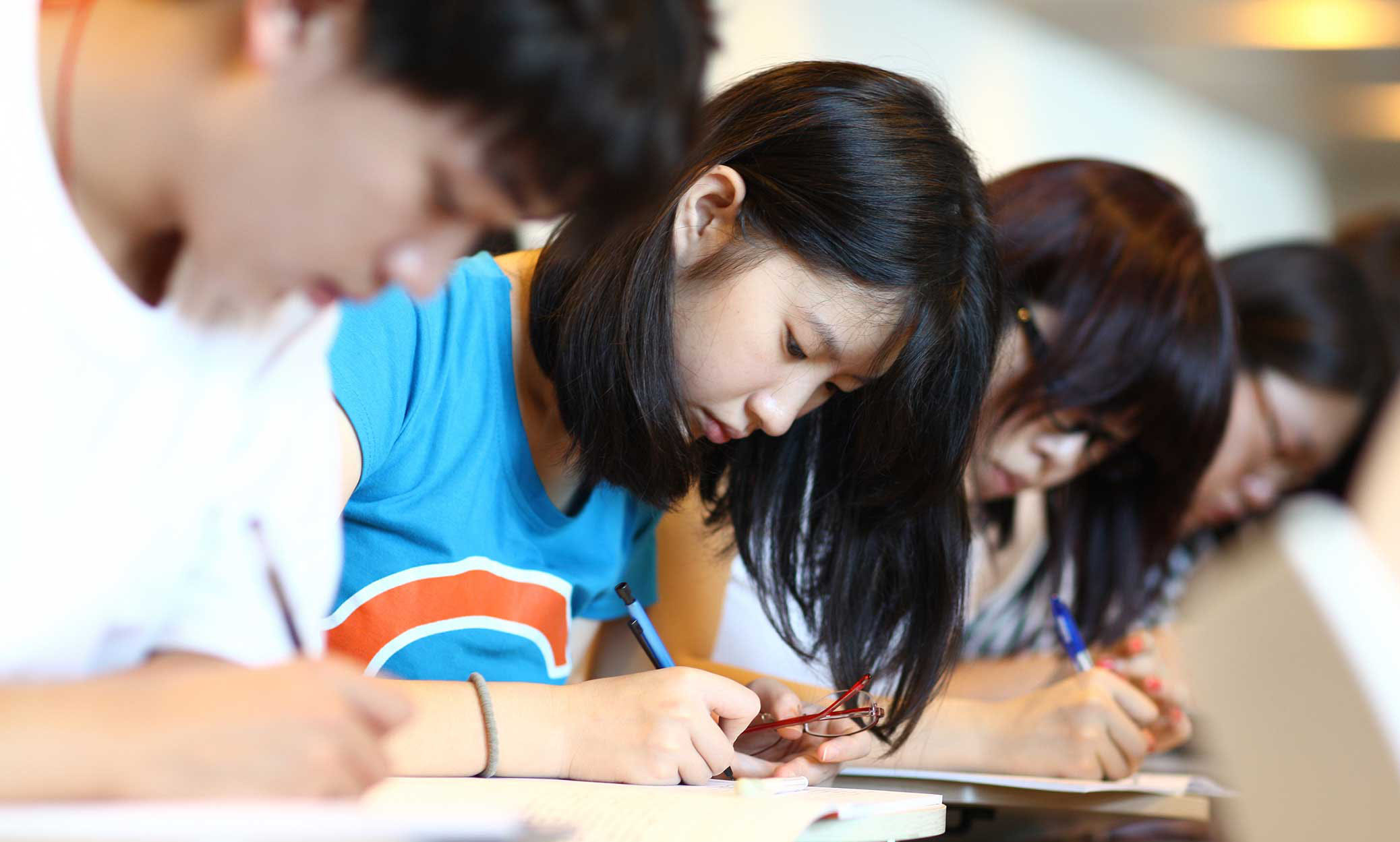 should high school education in china be free 2 essay Joint chinese-foreign educational programs and institutions in china are increasingly common these include partnerships between chinese and foreign regular high school enrollments account for for 562 percent of total upper secondary population students in regular high school typically have to.